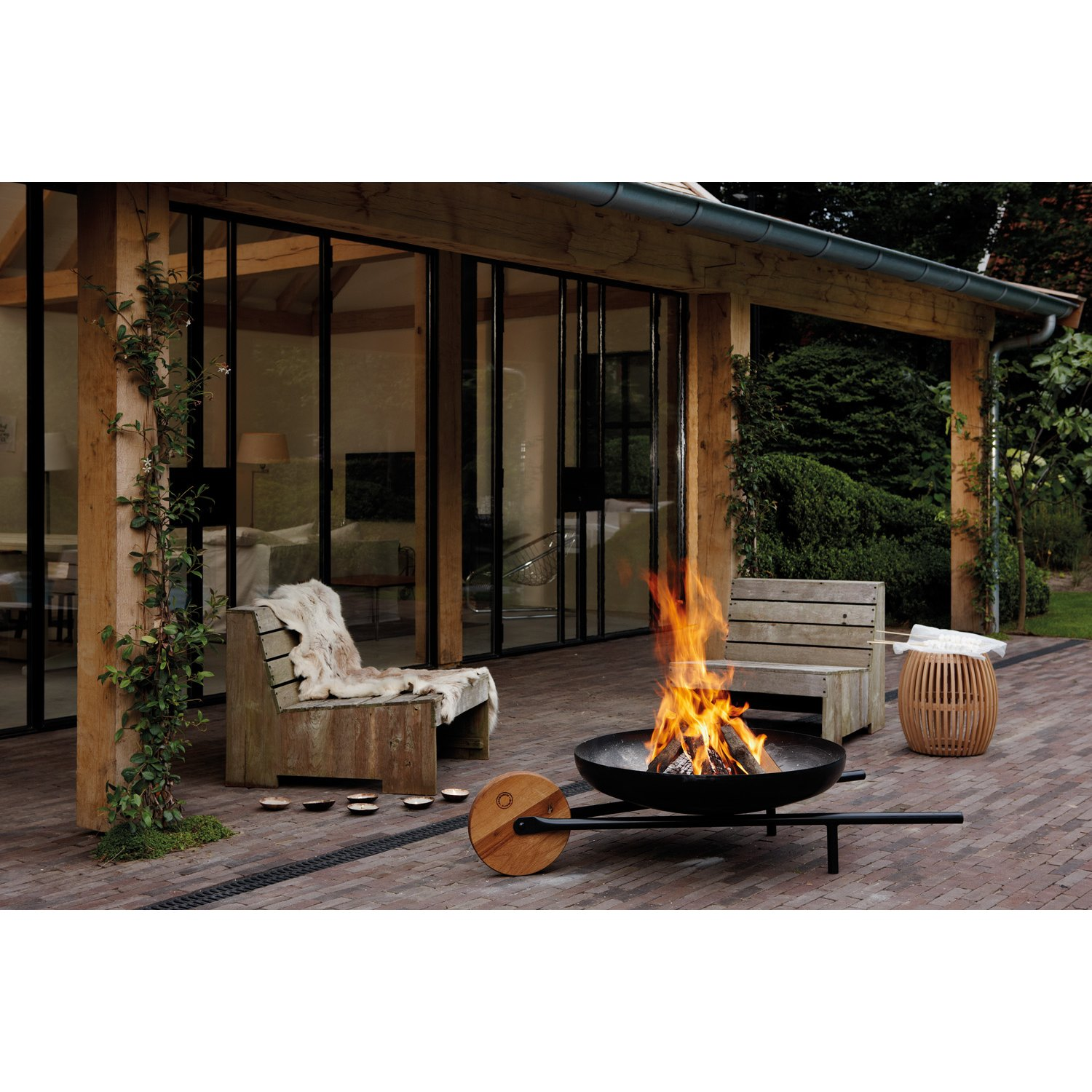 Buy fire bowl with barbecue function barrow online for Brasero de jardin