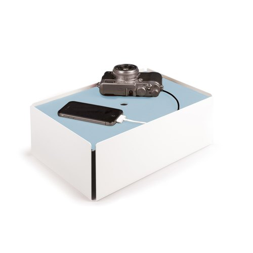 CHARGE-BOX white leather light blue